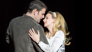 Manon in Welsh National Opera's Boulevard Solitude