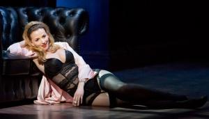 Manon in Welsh National Opera's Boulevard Solitude